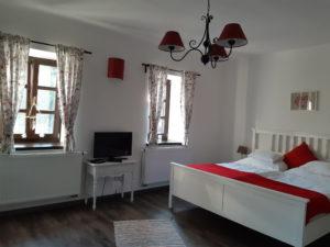 DorkaBorka apartman nagy hálója